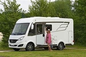 Cote Officielle Camping Car : nouveaut 2017 hymer lance une gamme d int graux b dynamic line camping car camping car ~ Medecine-chirurgie-esthetiques.com Avis de Voitures