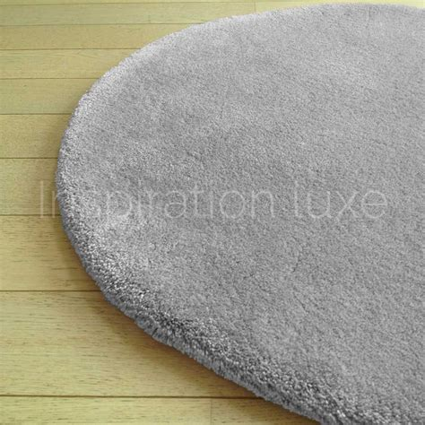 tapis rond sur mesure rond gris clair moelleux par inspiration luxe
