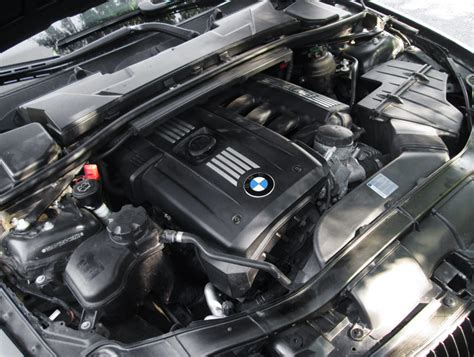 how cars engines work 1996 bmw 3 series transmission control bmw 3 series 2006 2011 problems and fixes pros and cons n52 vs n54 engines