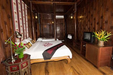 traditional style bedroom baan house ayutthaya family room