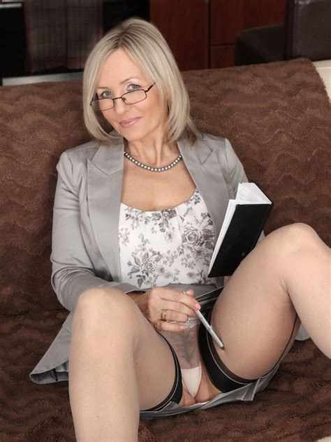 Whats The Name Of This Porn Actor Ala Ala Nylons