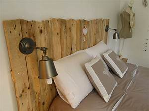Tete De Lit Maison : t te de lit en bois avec luminaires t tes de lit en bois ~ Zukunftsfamilie.com Idées de Décoration