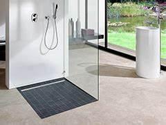 Barrierefreie Dusche Fliesen : barrierefreie bodengleiche dusche ~ Michelbontemps.com Haus und Dekorationen