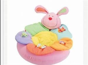 nouveau siege bebe gonflable bebe fleur tapis de jeu bebe With tapis chambre bébé avec livraison fleurs reims