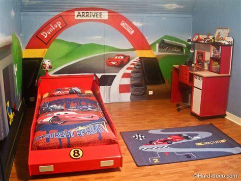 decoration cars pour chambre chambre cars avec circuit deco