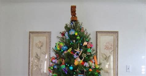 tiki hut living blog tropical christmas tree