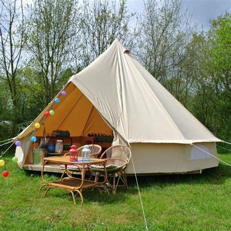 pin van camping bij ons op ons tentje picknicktafel tent buiten