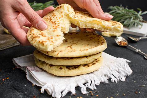 Pita Bread: fluffy, easy and so delicious   Cookist.com