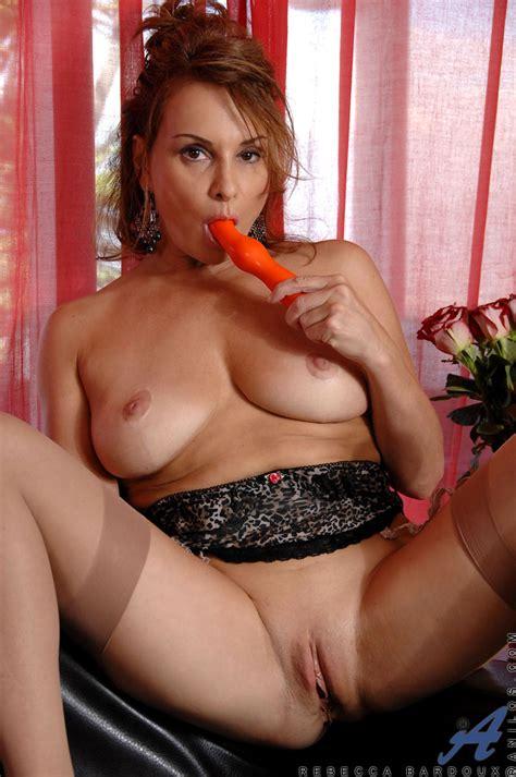 Horny Chick Enjoys Orange Dildo Mature Xxx Pics