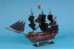 "Wholesale Caribbean Pirate Ship Limited 15"" Model Ship ..."