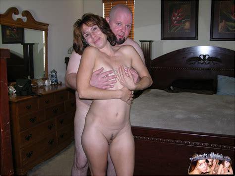Brunette Milf Fucks Her Man Amateurporn Photos