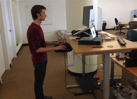 ikea bureau debout hack a standing desk from ikea