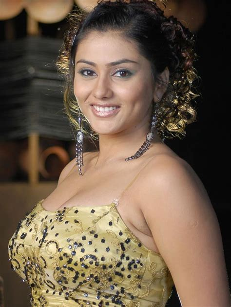namitha kapoor hairstyle south indian actress hairstyle
