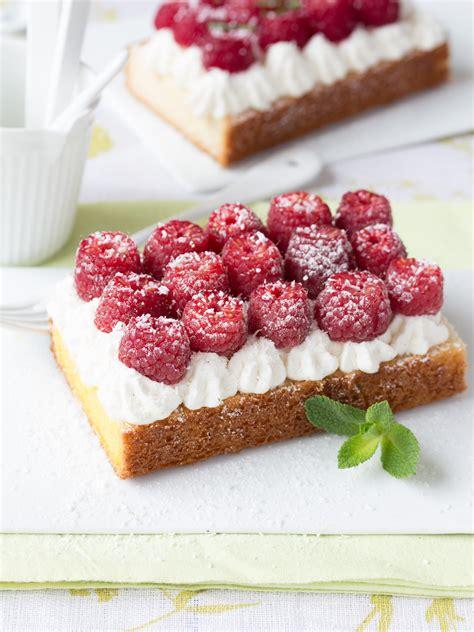 tarte express sans cuisson au quatre quarts framboise menthe et coco d 233 lices