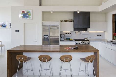 peinture blanche cuisine idées de cuisine peinture blanche deco maison moderne