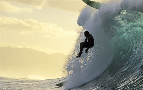 Stunning Pictures Reveal The Wipeouts Of The World's Best