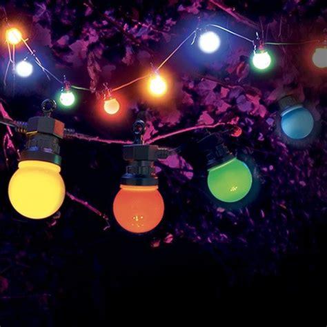 guirlande exterieure lumineuse 20 metres guirlande guinguette oule multicolore skylantern fr