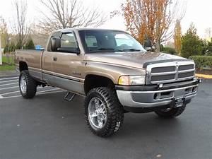 2001 Dodge Ram 2500 Slt    4x4    5 9l Cummins    6