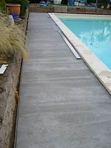 plage de piscine en carrelage beautiful glnzend carrelage With carrelage plage piscine gris 7 la plage de la piscine piscines hydro sud