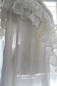Rideau Dentelle Romantique : nouveau rideau en voile de lin le grenier d 39 alice ~ Teatrodelosmanantiales.com Idées de Décoration