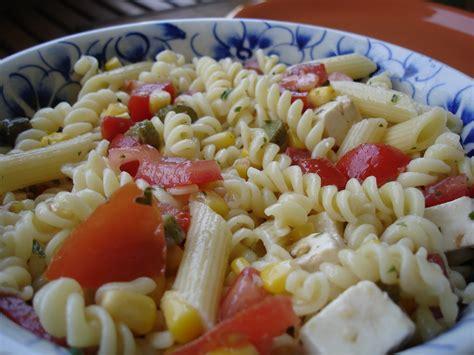 recette salades de pates la cuisine de dodeline 187 salade de p 226 tes persillad 233 e