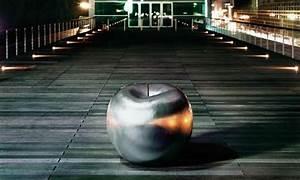 Objet Deco Exterieur : la pomme un objet de d co pour tous les d cors ~ Carolinahurricanesstore.com Idées de Décoration