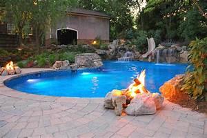 Swimming Pool Dekoration : relaxing patio swimming pool with slide ideas quecasita ~ Sanjose-hotels-ca.com Haus und Dekorationen