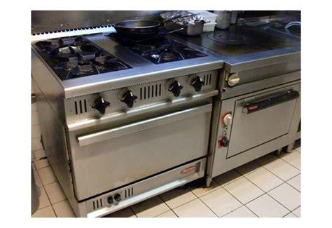 materiel cuisine professionnel occasion brocante d 39 é vous propose des cuisinières professionnelles pour restauration
