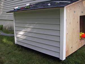 Claypool dog house for Dog house siding