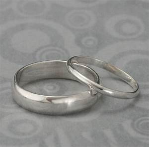 The perfect pairset of 2 silver ringsmen39s wedding for Silver band wedding rings