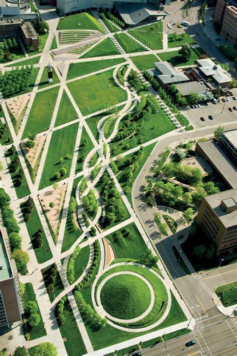 university  cincinnati ohio campus green  behance