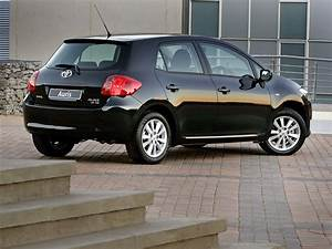 Toyota Auris 2008 : toyota auris 5 doors specs 2006 2007 2008 2009 2010 ~ Medecine-chirurgie-esthetiques.com Avis de Voitures