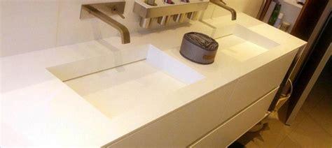lavandino corian lavabo ceramico o realizzato in materiali particolari