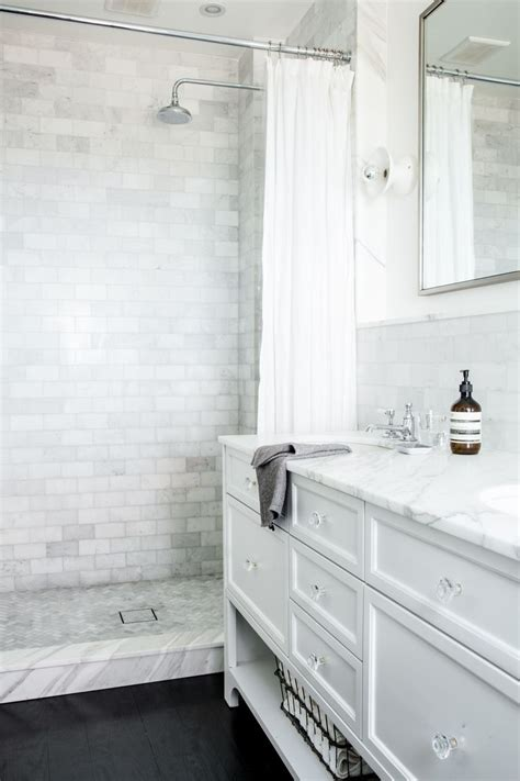 white subway tile bathroom gorgeous variations on laying subway tile