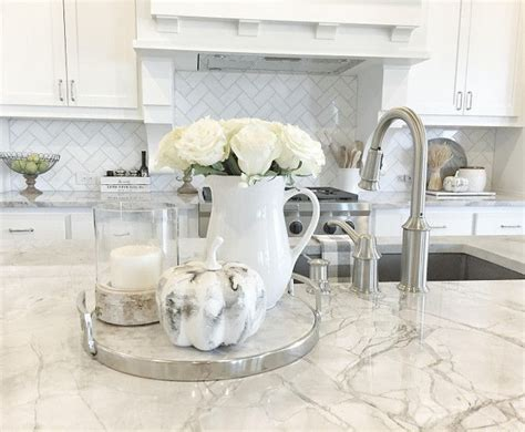 Kitchen Decorating Ideas On Countertops by Fall Kitchen Countertop Decor Fall Kitchen Countertop