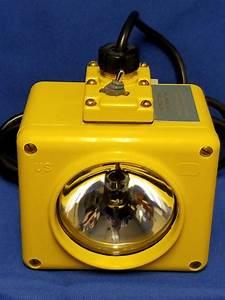 Bulkhead Relay Lanterns Sym 101 2 Medical Lantern