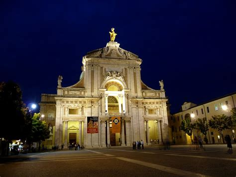Le Stuoie Santa Degli Angeli Capodanno Religioso Ad Assisi