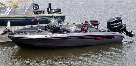 Skeeter Boats Rough Water by Skeeter Wx 1910 Vs Ranger 619fs Outdoor Gear Forum In