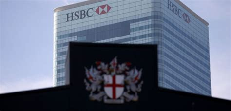 hsbc siege hsbc menace de déménager hors du royaume uni challenges fr