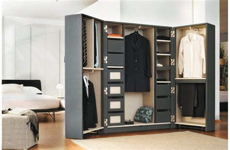 urban trunk wardrobe