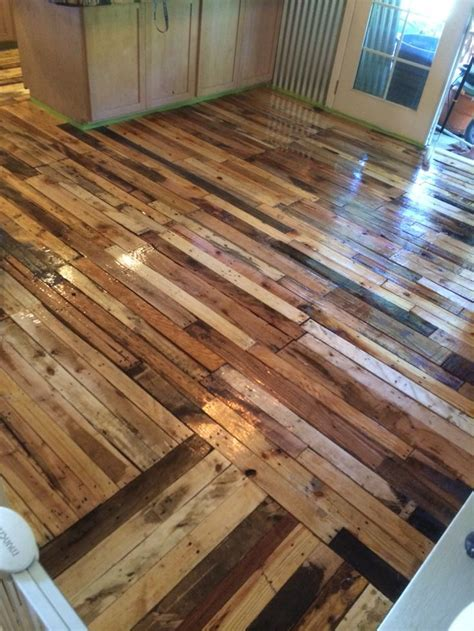 11 best Pallet wood floor images on Pinterest   Pallet