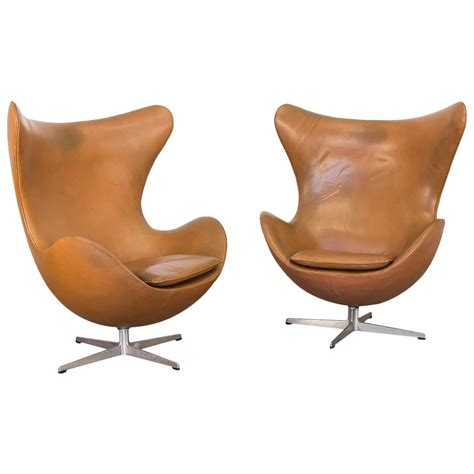 vintage leather egg chairs by arne jacobsen for sale at
