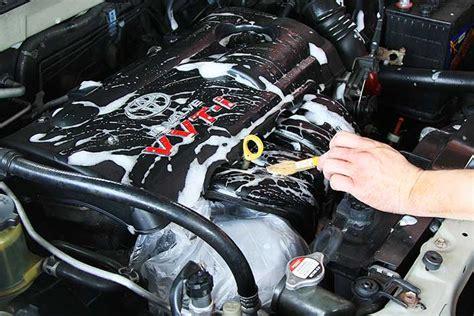 comment bien nettoyer le moteur de votre voiture