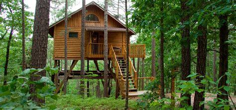 Treehouses : Eureka Springs, Arkansas