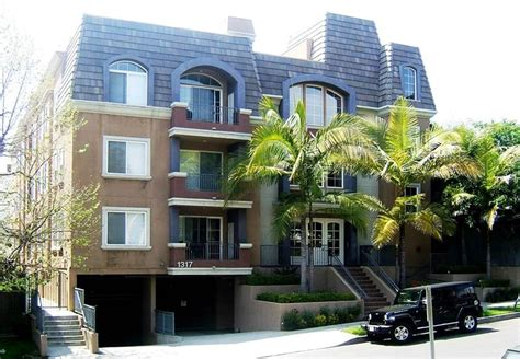 2 Bedroom Apartments For Rent Los Angeles by 2 Bedroom Apartment For Rent 1317 S Westgate Ave West
