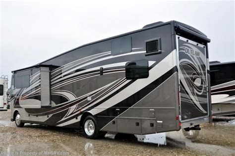 Thor Outlaw Rv by 2017 Thor Motor Coach Rv Outlaw 37rb Hauler Rv For