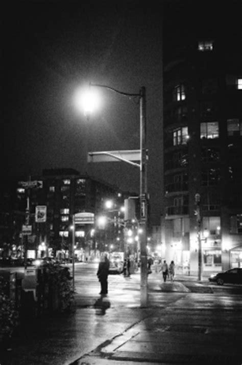 history  toronto street lamps  varsity