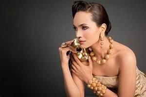 AMINA SHEIKH - ENNZ Designer Jewelry - XciteFun.net