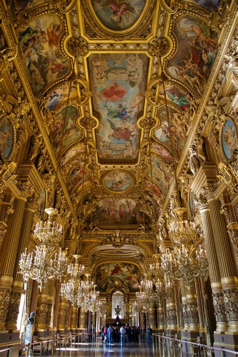 grand foyer chandeliers  frescoed ceiling palais