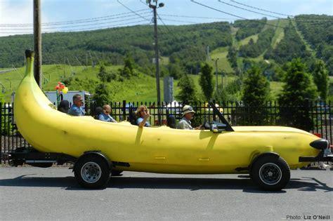 Large Car by Daaaaaay O 1989 Banana Mobile